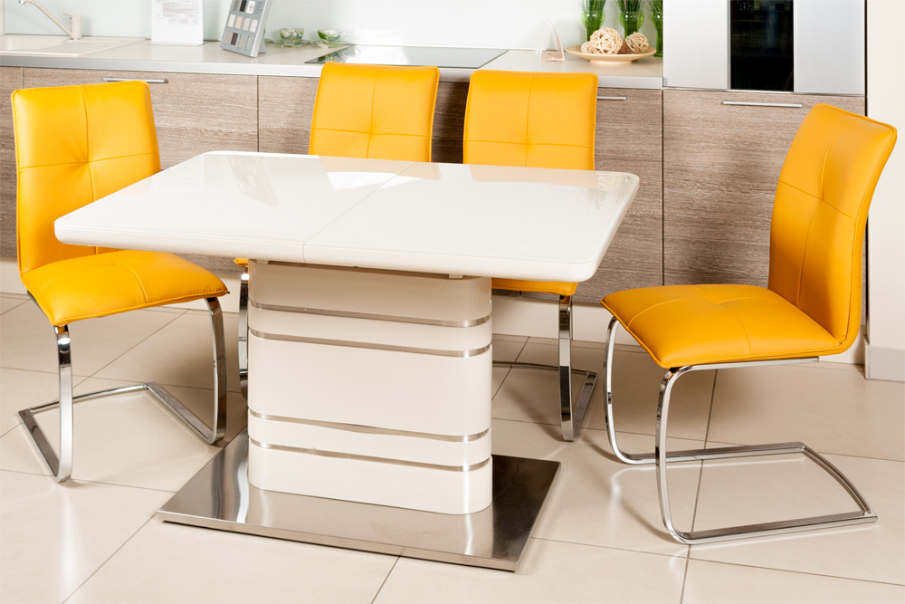 Филимонов, выбираем стулья в аренду Киевская